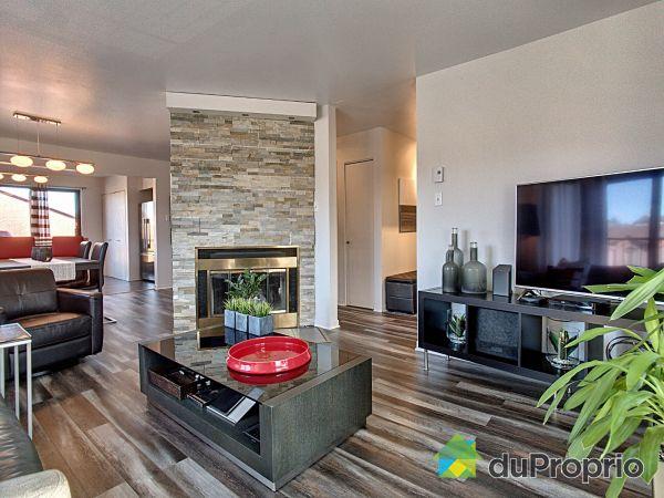 Living Room - 4-7510 rue Élysée Martel, Rivière des Prairies for sale