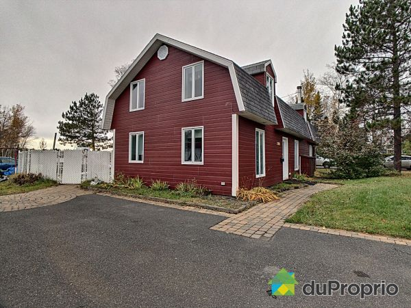 Waterfront - 7200 chemin de L'Anse, Alma for sale