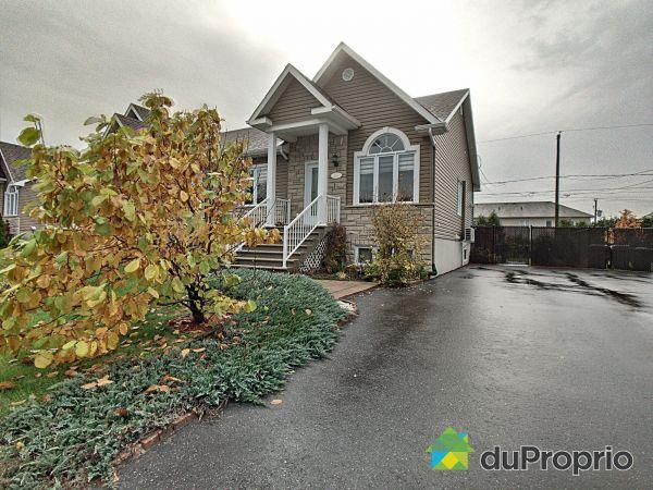 2415, rue de l'Intendant, Drummondville (Drummondville) à vendre