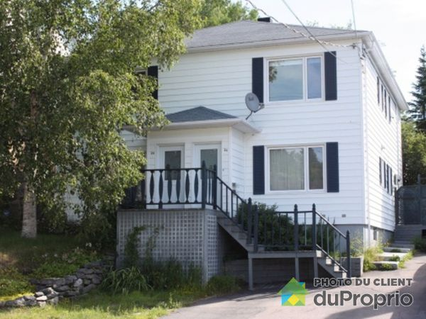 24-26, avenue Roberval, Baie-Comeau for sale