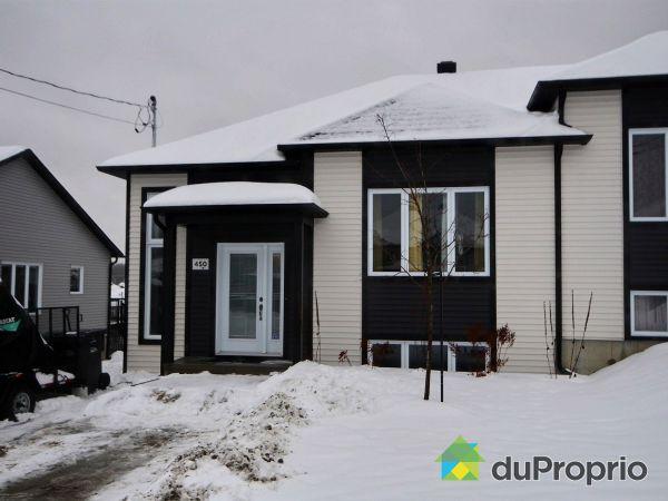 Front Yard - 450 rue des Mille-Abeilles, Sherbrooke (Mont-Bellevue) for sale