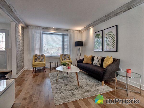 Living Room - 502 rue de Megève, Laval-des-Rapides for sale