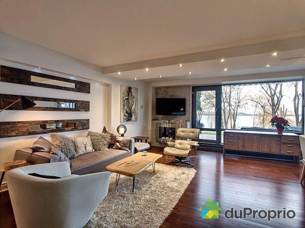 Living Room - 120-150 rue Berlioz, L'Ile Des Soeurs for sale