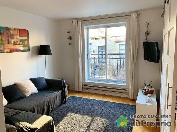 Living Room - 3660 rue Drolet, Le Plateau-Mont-Royal for sale