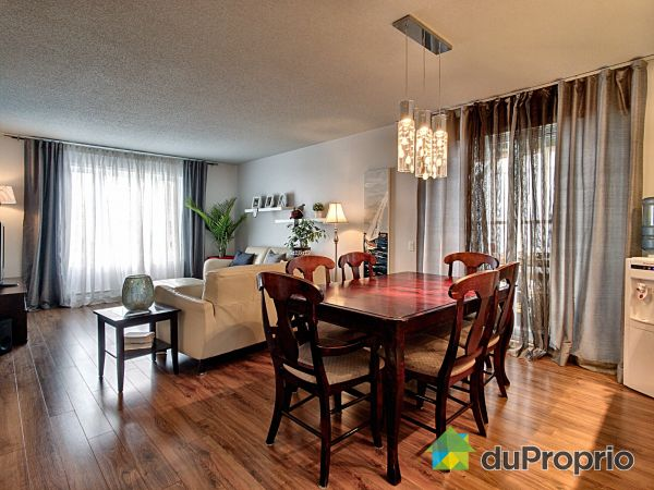 Dining Room / Living Room - 740-742, rue Félix-Antoine-Savard, Pintendre for sale