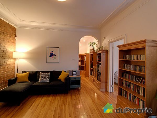 Living Room - 6591 rue de Saint-Vallier, Rosemont / La Petite Patrie for sale