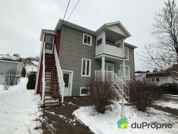 Winter Front - 2760, rue Bagot, La Baie for sale