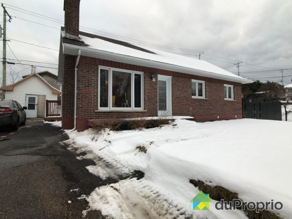 2071 avenue John Kane, La Baie for sale