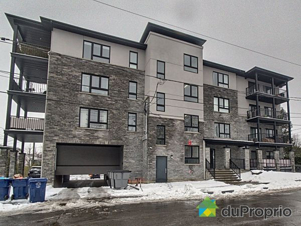 103-216 73e Avenue, Chomedey for sale
