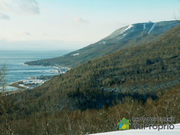 Vue sur montagnes - 45, chemin du Versant, Petite-Rivière-St-François à vendre