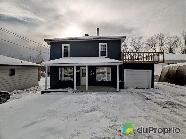 219 1re Avenue, Lac-Etchemin for sale