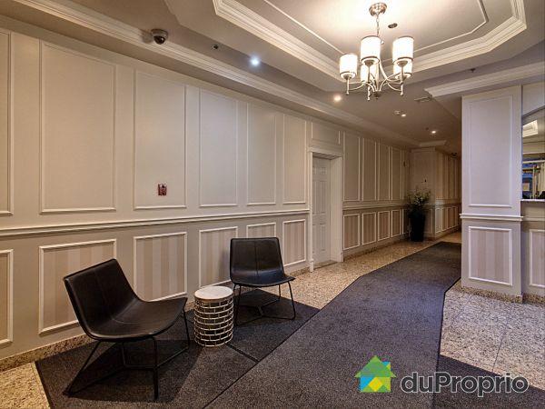 Hall - 805-6120, rue Jarry Est, Saint-Léonard à vendre