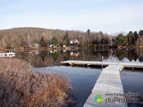 Accès au lac - , chemin de la Presqu'Île, St-Mathieu-Du-Parc à vendre