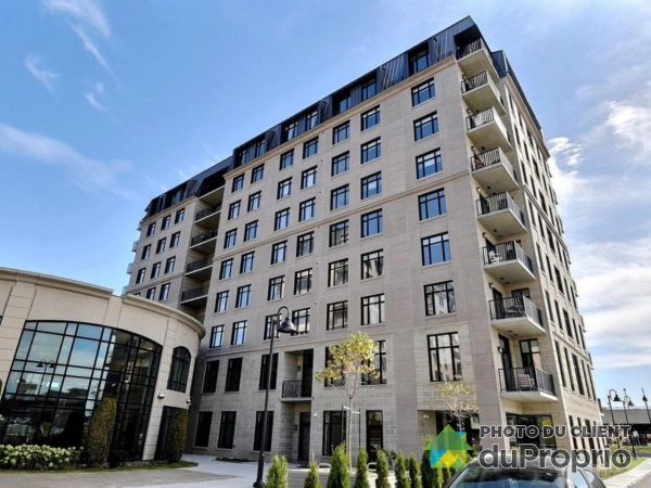 Buildings - 11 place de la Triade, Pointe-Claire for sale