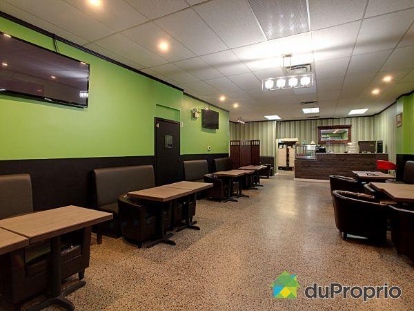 Restaurant - 2474-2476, rue Jean-Talon Est, Villeray / St-Michel / Parc-Extension à vendre