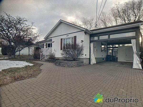 23, 1re Rue Ouest, Rimouski (Rimouski) à vendre