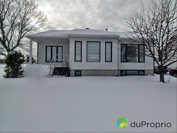 1800 rue Jean-Nicolet, Alma for sale