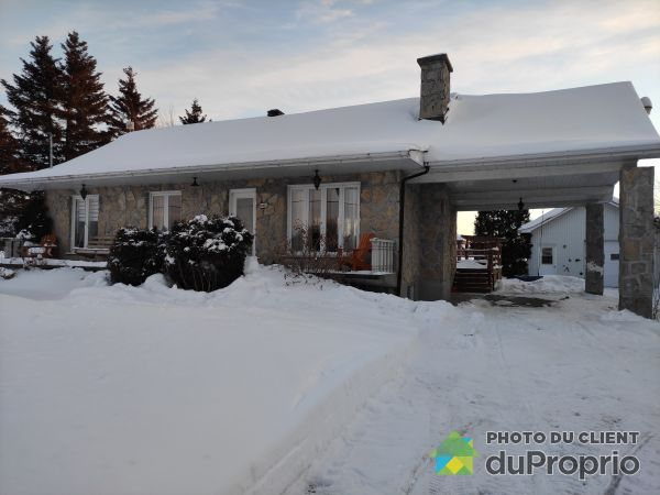Winter Front - 4452 chemin Saint-Louis, Alma for sale