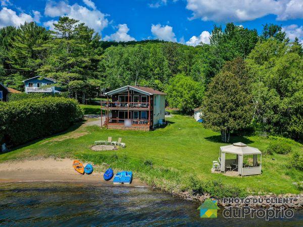 Summer Front - 41-39 chemin du Bord de l'Eau, Val-Des-Monts for sale