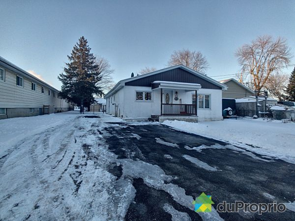 132 rue Viau, Contrecoeur for sale