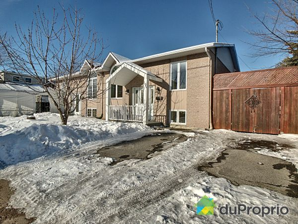 1695 rue Stratton, Longueuil (St-Hubert) for sale