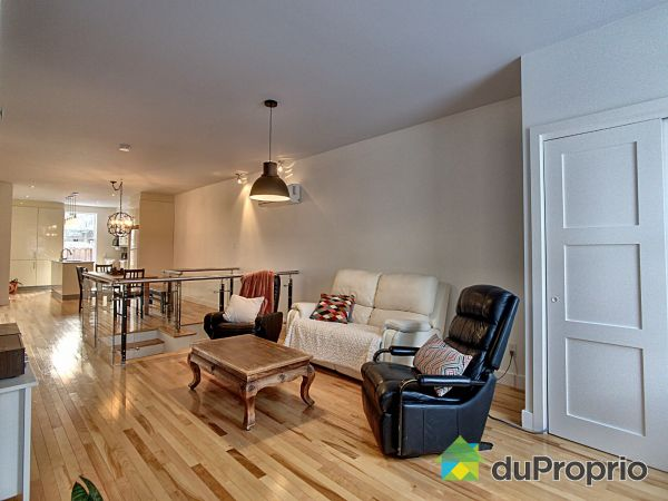 Living Room - 2024 rue Montgomery, Ville-Marie (Centre-Ville et Vieux Mtl) for sale