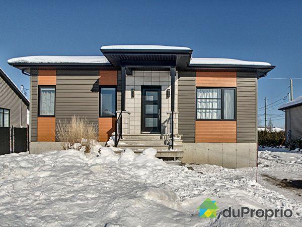 Winter Front - 130 du Mûrier, Drummondville (Drummondville) for sale