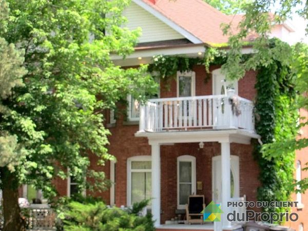 Summer Front - 150-154, boulevard Queen-Victoria, Sherbrooke (Jacques-Cartier) for sale