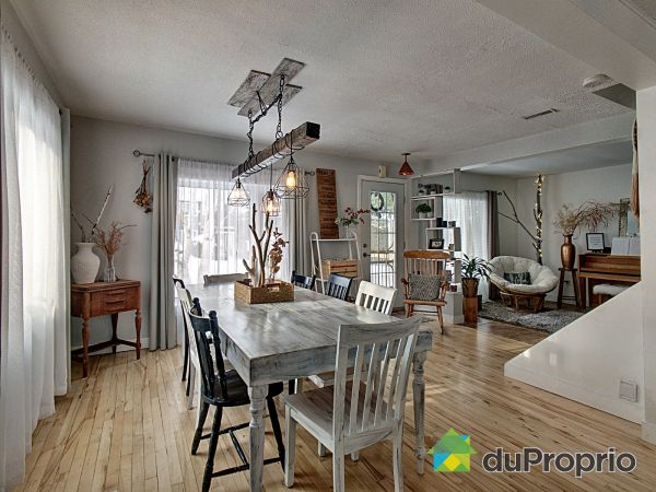 Dining Room / Living Room - 421 rue de Tilly, Chicoutimi (Chicoutimi) for sale