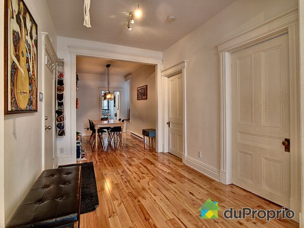 1-326 rue du Prince-Édouard, Saint-Roch for sale