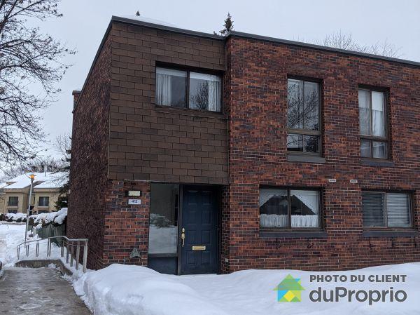 Winter Front - 412 place de Chaumont, St-Lambert for sale