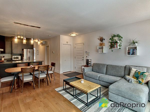 Salle à manger / Salon - 201-2535, rue Sicard, Mercier / Hochelaga / Maisonneuve à vendre