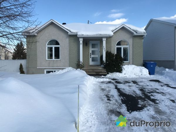 Winter Front - 161 rue Foucault, Repentigny (Le Gardeur) for sale