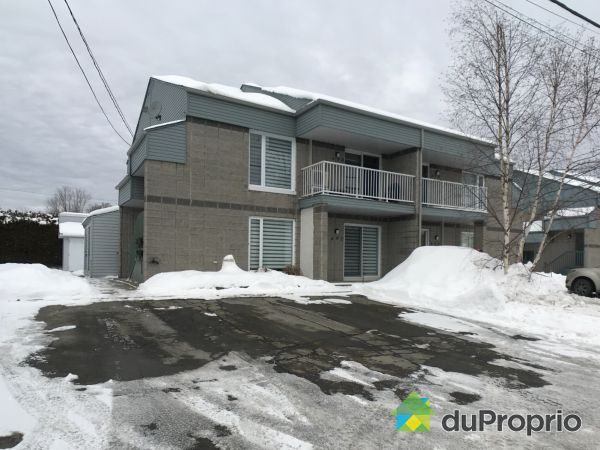 Buildings - 694 26e Rue, St-Georges for sale