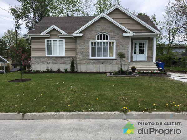 Summer Front - 38 rue Duncan-Bruce, Sherbrooke (Lennoxville) for sale