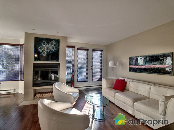 Living Room - 17-125 avenue Brittany, Mont-Royal for sale