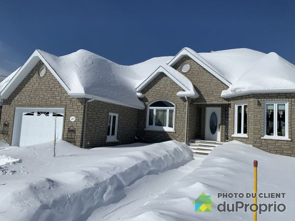 Winter Front - 10 rang Saint-Cyrille, St-Magloire-De-Bellechasse for sale