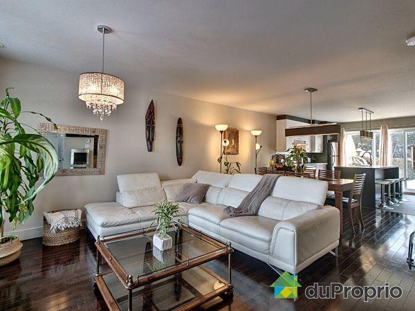 Salon - 3782, rue de Tourville, Sherbrooke (Rock Forest) à vendre
