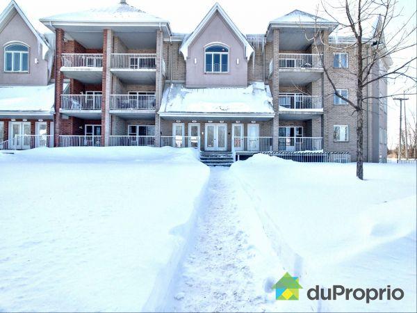 Winter Front - 193-15500 rue Sherbrooke E, Pointe-Aux-Trembles / Montréal-Est for sale