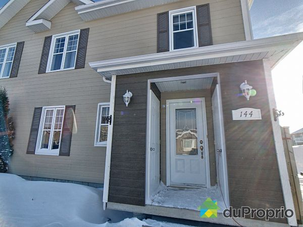 Winter Front - 144 rue Lajoie, St-Bruno-Lac-St-Jean for sale