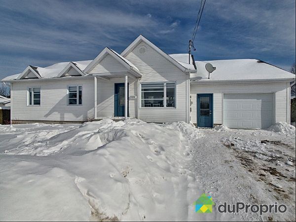 Winter Front - 1116 rue Labrie, Laurierville for sale