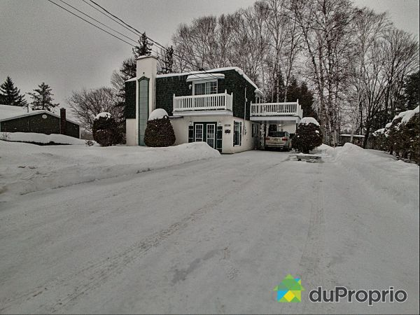 605 rue Jeanne-Mance, Coaticook for sale
