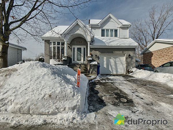 Winter Front - 1560 rue Bernard, Longueuil (St-Hubert) for sale