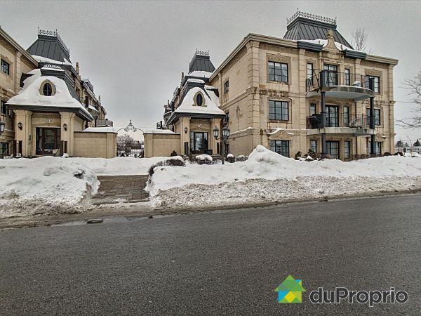 102-10 rue des Manoirs, Charlemagne for sale