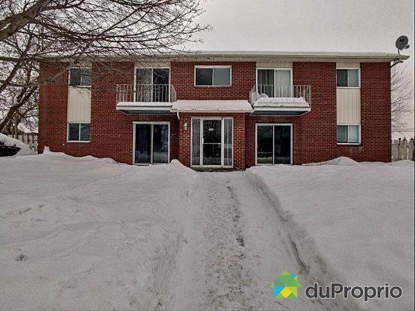 158, rue de Saturne, Chateauguay for sale