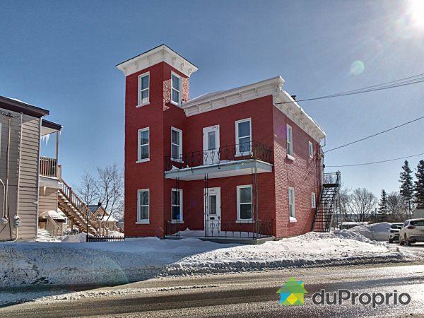 Bâtisse - 894, avenue Royale, Beauport à vendre