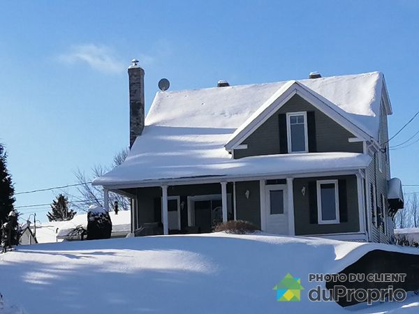 Winter Front - 345 12E Rue, St-Georges for sale