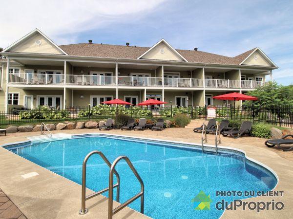 102-200, Champlain, Bromont à vendre