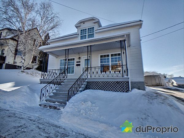 Winter Front - 771 RUE 3E, La Baie for sale