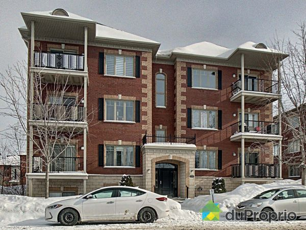 Winter Front - 301-2143 rue Racine, Longueuil (St-Hubert) for sale